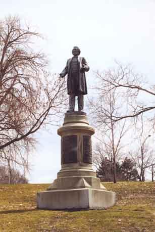 Douglass statue in Highland Park